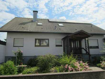 Familien Traum in Au am Rhein! Großer Garten, Pellets-Heizung, Photovoltaik, Garage, Carport!