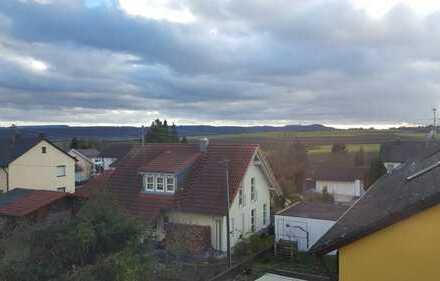 Helles 24qm WG-Zimmer in EFH in Rottenburg