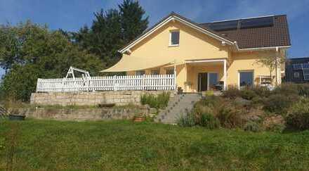 Schönes, geräumiges Haus mit drei Zimmern in Rhein-Sieg-Kreis, Eitorf