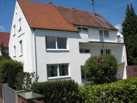 Erstbezug nach Sanierung: Helle 3-Zimmerwohnung in ruhiger Wohnlage in kleiner Wohneinheit (3)