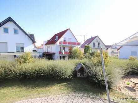Einfamilienhaus mit Einliegerwohnung, Garten, Stellplätzen und ruhiger Lage - in Ulm/Böfingen!