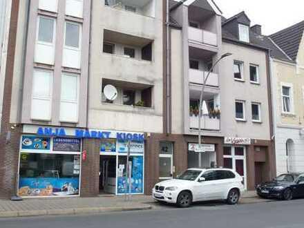 Renovierte 3-Zimmer-Wohnung mit Balkon!! III.OG