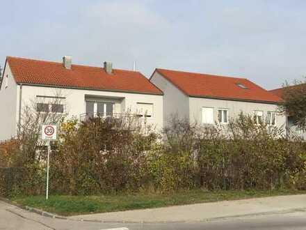 Schöne drei Zimmer Wohnung in Gaimersheim 1OG