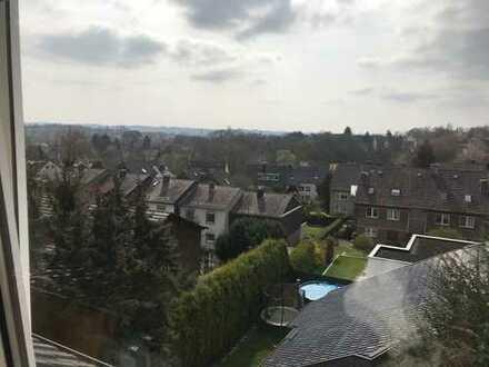 Schöne helle 2,5 Raum DG-Wohnung in Bochum-Oberdahlhausen