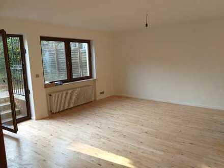 MA-Almenhof: Wunderschöne, stylische, 84m² 2-Zi. Whg. saniert mit Designerbad, Terrasse, Einbauküche