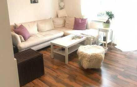 Modernisierte 2-Zimmer-Wohnung mit Balkon und EBK in Worms