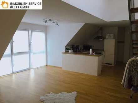 Attraktive 2,5-Zimmer Maisonette Dachgeschosswohnung in ruhiger Lage