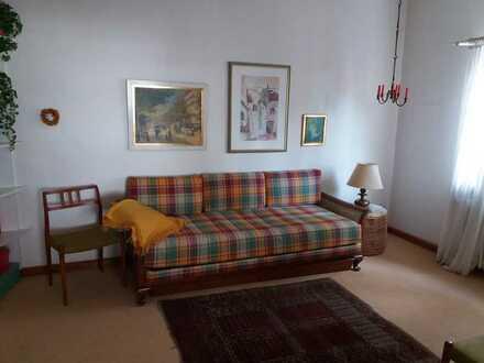 Gepflegte Wohnung mit 3-4 Zimmern sowie Balkon und EBK in Lindenfels i. Odw.