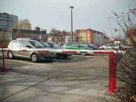Stellplätze auf beschrankten Parkplatz