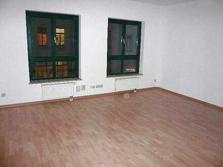Büro/ Praxis mit 2 Räumen in ausgezeichneter Geschäftlage Nähe Uni, DD Plauen