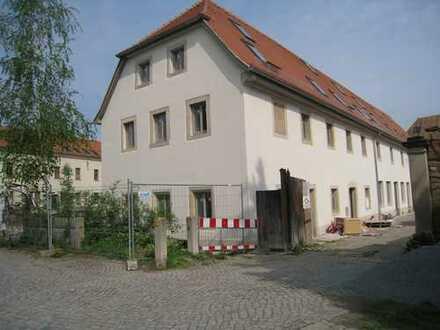 Neubau-Reihenhäuser im Dreiseitenhof in DD-Niedersedlitz