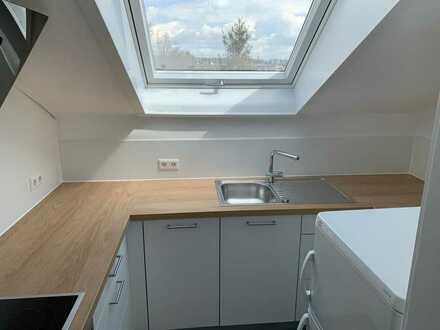 Erstbezug nach Sanierung: Ruhige 3-Zimmer-DG-Wohnung in Stuttgart-Sillenbuch