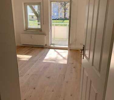 2-Zi.-Wohnung für ca. 1 Jahr befristet, Wohnküche, auch für WG