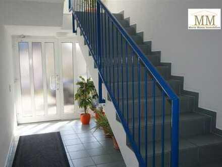 Möblierte Wohnung mit Terrasse und Stellplatz in Dillingen/Diefflen++