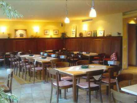 Schönes, gut eingerichtetes Bistro / Bar / Restaurant (ablösefrei)