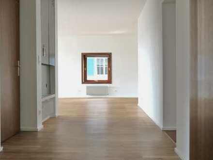 Schöne, modernisierte und helle 3-Zimmer-Wohnung mit Balkon im Grünen