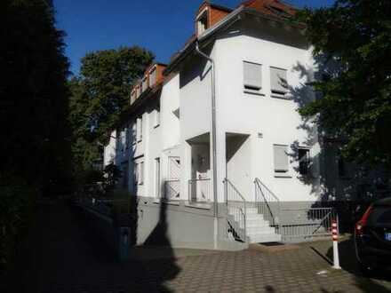 Exklusive 2-Zimmer-Wohnung in Darmstadt-Eberstadt von Privat