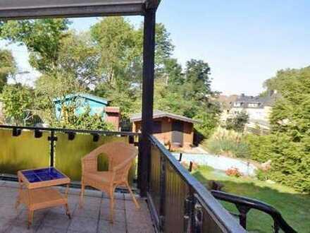 Gemütliches Nest mit Balkon! Schön aufgeteilte Hochparterre-Wohnung in Frillendorf