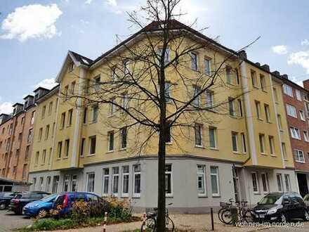 Toprenovierte Altbauwohnung in ruhiger und gefragter Lage in Kiel-Wik