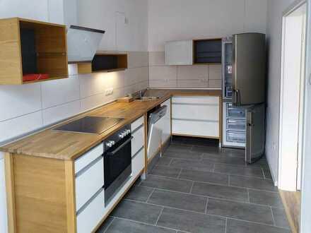 NEU* Top renovierte 3 Zimmer-Wohnung mit Einbauküche