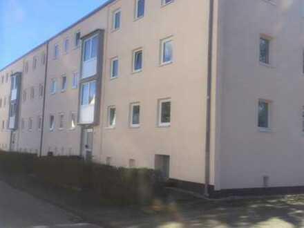 3-Zimmer-Wohnung mit Balkon * eine Kaltmiete frei*