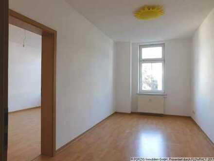 Großzügige 4-Raum-Wohnung mit Tageslichtbad und Balkon