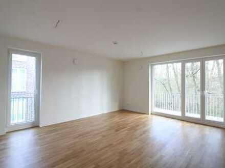 Ruhige Neubau-Wohnung mit EBK & Balkon