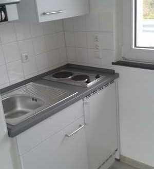 Studentenwohnung mit Einbauküche