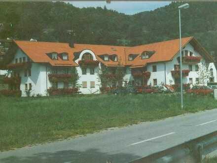 Gepflegte 2-Zimmer-Wohnung mit Süd-Balkon in Obernzell