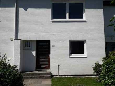 bevorzugte Wohnlage in MOLFSEE, absolut ruhig in Sackgasse, Erstbezug nach Renovierung