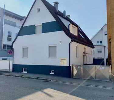***Exklusives, kernsaniertes Einfamilienhaus in Magstadt***
