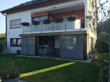 Traumwohnung mit luxuriöser Ausstattung, Garage & Süd-West Garten