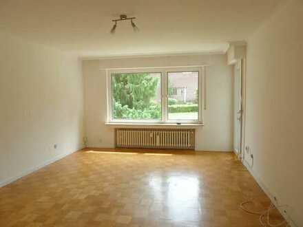 Ruhiglage: 3-Zimmer-Hochparterrewohnung mit Balkon
