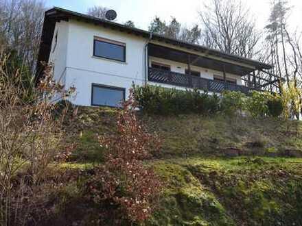 * Großzügiges Freistehendes Einfamilienhaus in direkter Waldrandlage