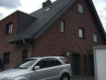 Doppelhaushälfte in ruhiger Lage in Erkelenz