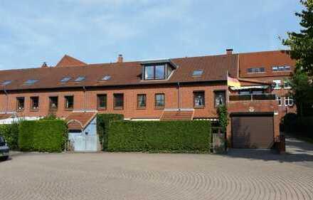 Schönes Reihenmittelhaus mit vier Zimmern in Rendsburg-Eckernförde (Kreis), Kronshagen