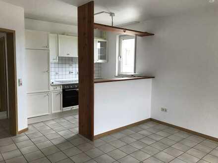 Gepflegte 2,5-Zimmer-DG-Wohnung mit Einbauküche in Dortmund