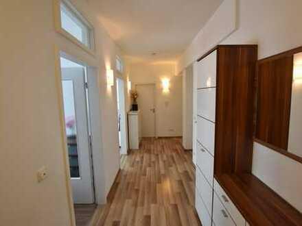 Top ausgestattete 3-Zimmer Wohnung in Neutraubling