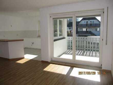 Single Wohnung, ländliche Lage, Stadtrand, Balkon, ruhig
