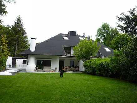 Repräsentative, geräumige Villa