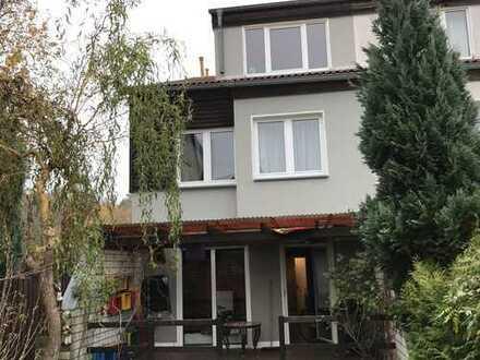 Müggelheimer Haus mit 5 Zimmern - Leben wo andere Urlaub machen -