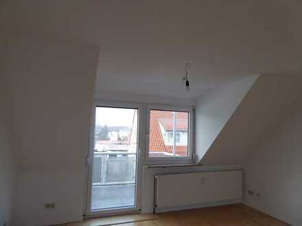 Moderne, sehr schöne DG 2-Zimmerwohnung