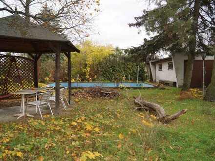 Kleines EFH im Bungalowstil und Pool in Buchholz auf 860 m² Grundstück