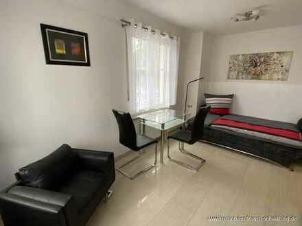 An Einzelperson zu vermieten: Möblierte 1 Zimmer Wohnung in ansprechendem Architektenhaus
