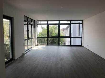 Erstbezug nach Sanierung - Moderne 3 Zimmerwohnungen ruhiger Lage mit Balkon