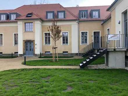 Traumhafte,stilvolle Wohnlage mit großzügigen Wohnungen umgeben von grüner Parkanlage