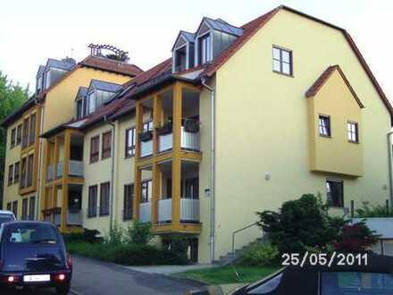 Schöne 2 Zi-DG Wohnung in Stuttgart-Stammheim ruhige Lage vorzugsweise an Einzelperson zu vermieten