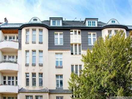 Erstbezug nach Sanierung mit Einbauküche: exklusive, geräumige 2-Zimmer-Wohnung in Steglitz, Berlin