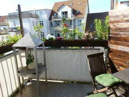Frisch renovierte Wohnung mit sonnigem Balkon in direkter Altstadt.