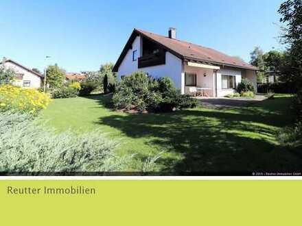 Großzügiges Einfamilienhaus mit gepflegtem Garten in Bestlage Münsingens zu verkaufen